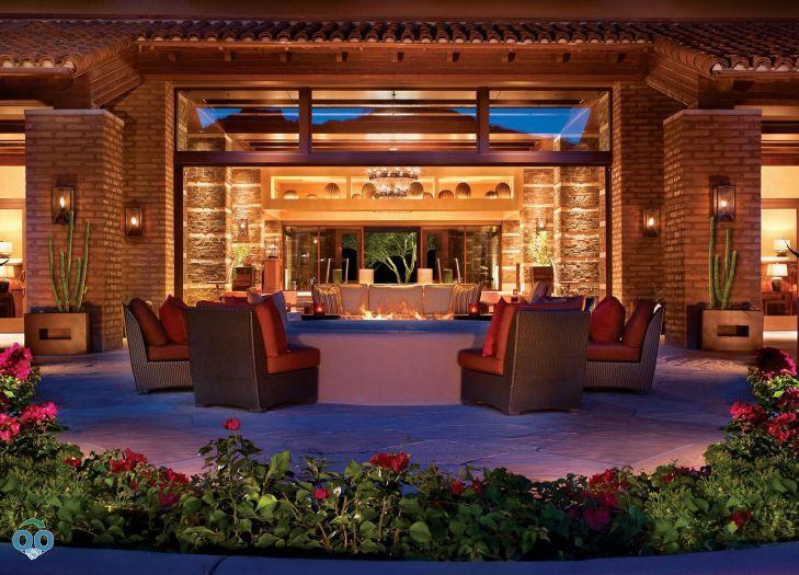 Lobby fire place, The Ritz-Carlton